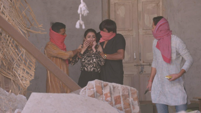 Still from Kundali Bhagya with Mahira and the kidnappers